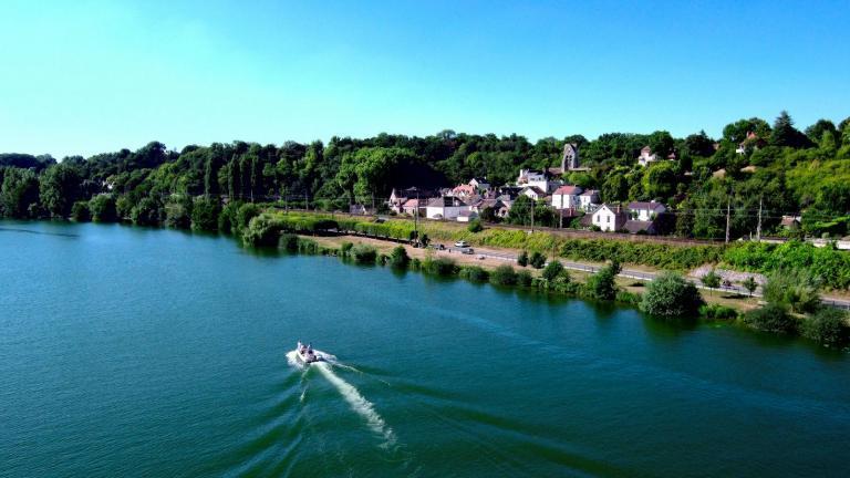 Fontaine-le-Port